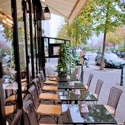 Le Village À Neuilly - Neuilly sur Seine, Hauts-de-Seine, France. Visuel restaurant Le Village à Neuilly 1