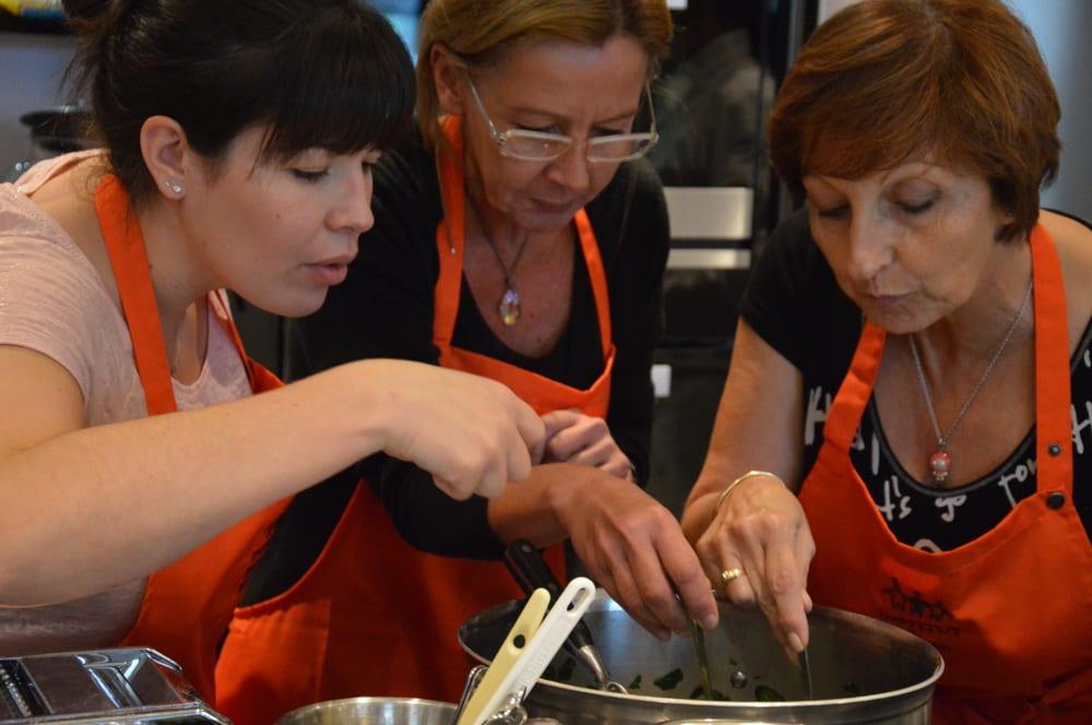 Ecole de cuisine de l institut paul bocuse 13 photos cooking schools bellecour lyon - Cours de cuisine lyon bocuse ...