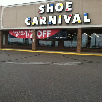 Shoe Carnival - Cuyahoga Falls, OH, United States. Front of store
