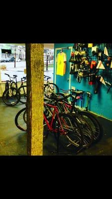 Cyclus Bike Shop Bikes 2225 E Clay St Church Hill
