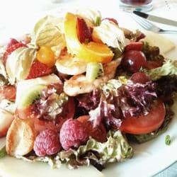 Salat mit Hähnchen und ganz viel…