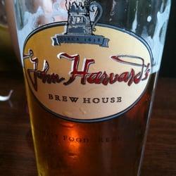 John Harvard's Brew House - Hancock, MA, États-Unis. Blue berry beer so good