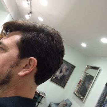 Dec 04, · It seems difficult to get a good haircut in Austin. I have gone to Birds on Burnet twice now and had the same stylist both times. The first time my hair wasn't cut how I wanted it, so I explained today what was done wrong last time so it wouldn't happen again.4/4().