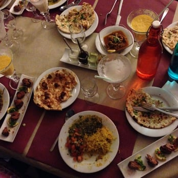 Bollywood tandoor 46 photos 57 avis restaurant - Restaurant tout le monde a table lyon ...
