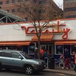 Varsity Pizza - Syracuse, NY, Vereinigte Staaten