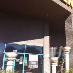 Razmataz A Distinctive Furniture Accessories Store Furniture Stores Scottsdale Az