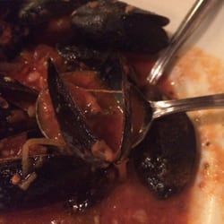 Shagwong Restaurant - Prince Edward Mussels wannabe - Montauk, NY, Vereinigte Staaten