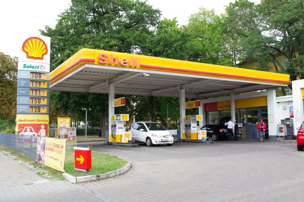 Gas Stations Near Me >> Shell Station - Gas & Service Stations - Steglitz - Berlin, Germany - Reviews - Photos - Yelp