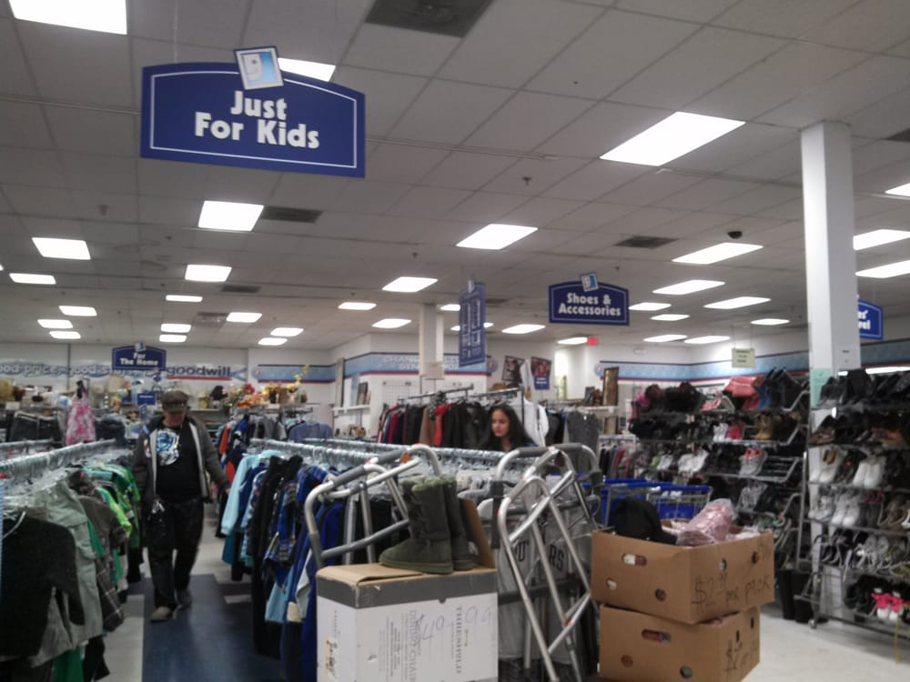 Goodwill industries retail store thrift stores east for Best consignment stores nyc