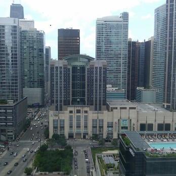 sheraton grand chicago 210 photos hotels near north. Black Bedroom Furniture Sets. Home Design Ideas