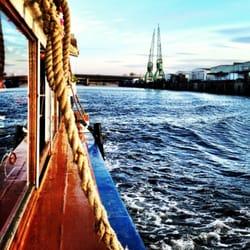 Konzert und Hafenrundfahrt auf einmal