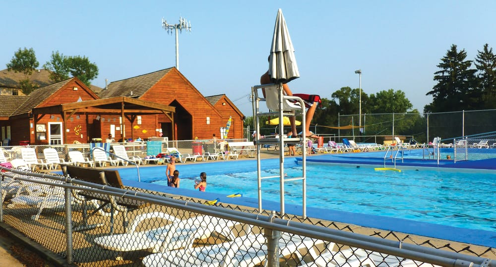 Maple Hill Pool And Recreation Amateur Sports Teams Downers Grove Il Photos Yelp
