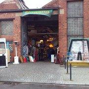 Hallentrödelmarkt Treptow, Berlin