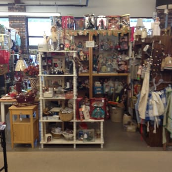 Bellevue antique mall bellevue nashville tn reviews for Antique stores in nashville