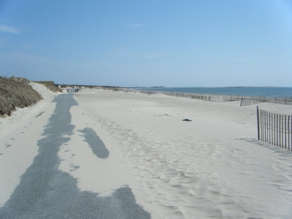 Horseneck State Beach