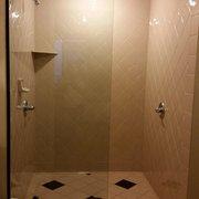 Sedona Rouge Hotel & Spa - Sedona, AZ, États-Unis. Huge stand up shower