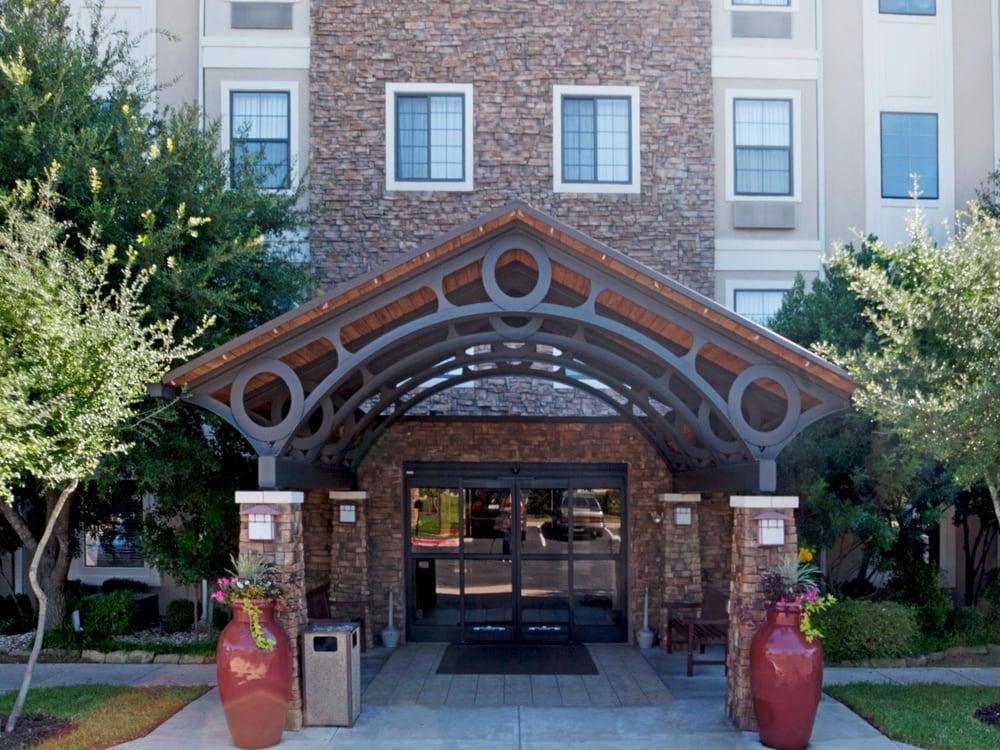 Hotels Near Arboretum Austin
