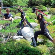 Ninja-Con - Los Angeles, CA, États-Unis. Sword Fights Inc.