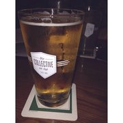The Collective on Tap - Woodinville, WA, États-Unis. got their Kommuter. great blonde.