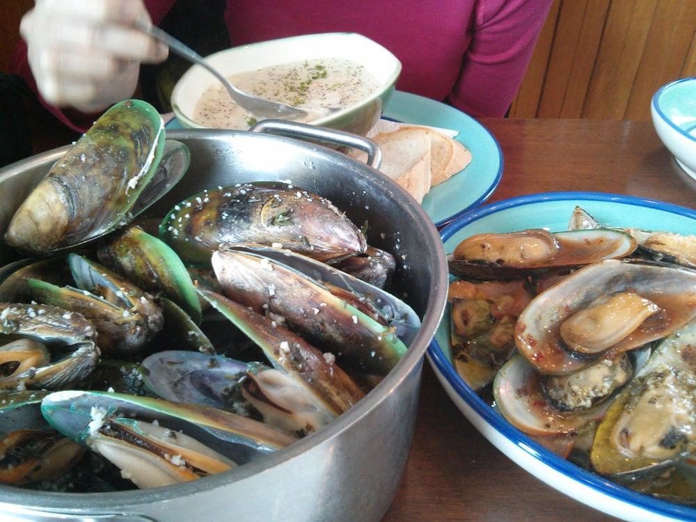 The mussel pot seafood restaurants havelock for Fish restaurant marlborough