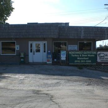 Quackers Restaurant Mound City Mo