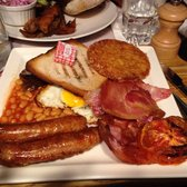 The Bombardier - Paris, France. Full english breakfast