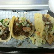 Papa Tacos - Pomona, CA, États-Unis. Asada, Pastor, Potato tacos (L to R0