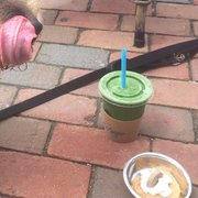 Refuge Smoothie Cafe - Milwaukee, WI, États-Unis. This doggie smoothie hit the spot. I enjoyed the Will Allen too!
