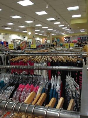 papayas-clothing-store.jpg