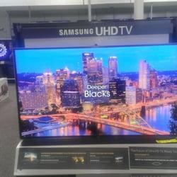 Best Buy - Lone Tree, CO, États-Unis. Samsung UHD TV 4K