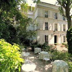 Hôtel Particulier Montmartre - Paris, France. Hôtel Particulier Montmartre