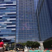 Ion Rooftop Pool Bar - Look at the view!! - Los Angeles, CA, Vereinigte Staaten