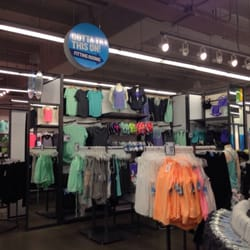 22 reviews of Old Navy Clothing Store