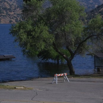 Lake kaweah horse creek campground 16 photos boating for Lake kaweah fishing