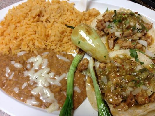 El alazan grill taqueria 33 photos mexican for Abbott california cuisine