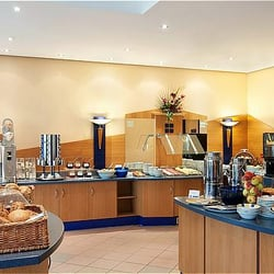 Frühstücksbuffet, Holiday Inn Köln…