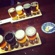 Sea Dog Brew Pub - Beer flight! - Woburn, MA, Vereinigte Staaten