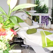 Shahida Beauty Care & Nails, München, Bayern