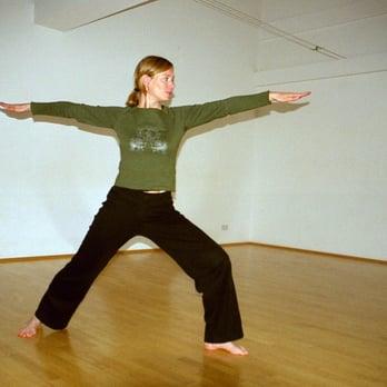 yoga sky yoga am tempelhofer berg 7d kreuzberg berlin telefonnummer yelp. Black Bedroom Furniture Sets. Home Design Ideas