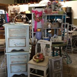 forget me not consignment boutique   antiques   9277