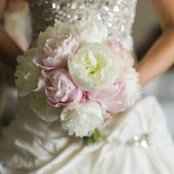 Jenny Mann Floral Design - Santa Barbara, CA, États-Unis. My gorgeous wedding bouquet of peonies. So in love!