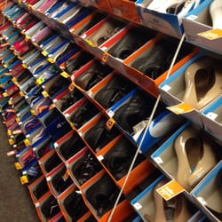 Payless Shoe Source Inc Store 3135 - Shoe Stores - Lake Highlands