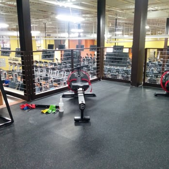 Xperience fitness 10 reviews gyms 6251 s 27th st for Gimnasio xperience