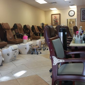 Above and beyond nails spa by jeannie nail salons for Above beyond salon