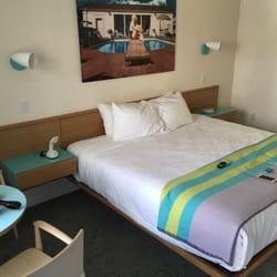 Beverly laurel motor inn 10 photos hotels beverly for Beverly laurel motor hotel bed bugs