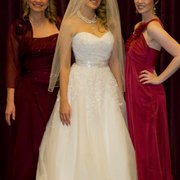 Nest - Beautiful bridal fashions for your whole wedding party! - Pacific Grove, CA, Vereinigte Staaten