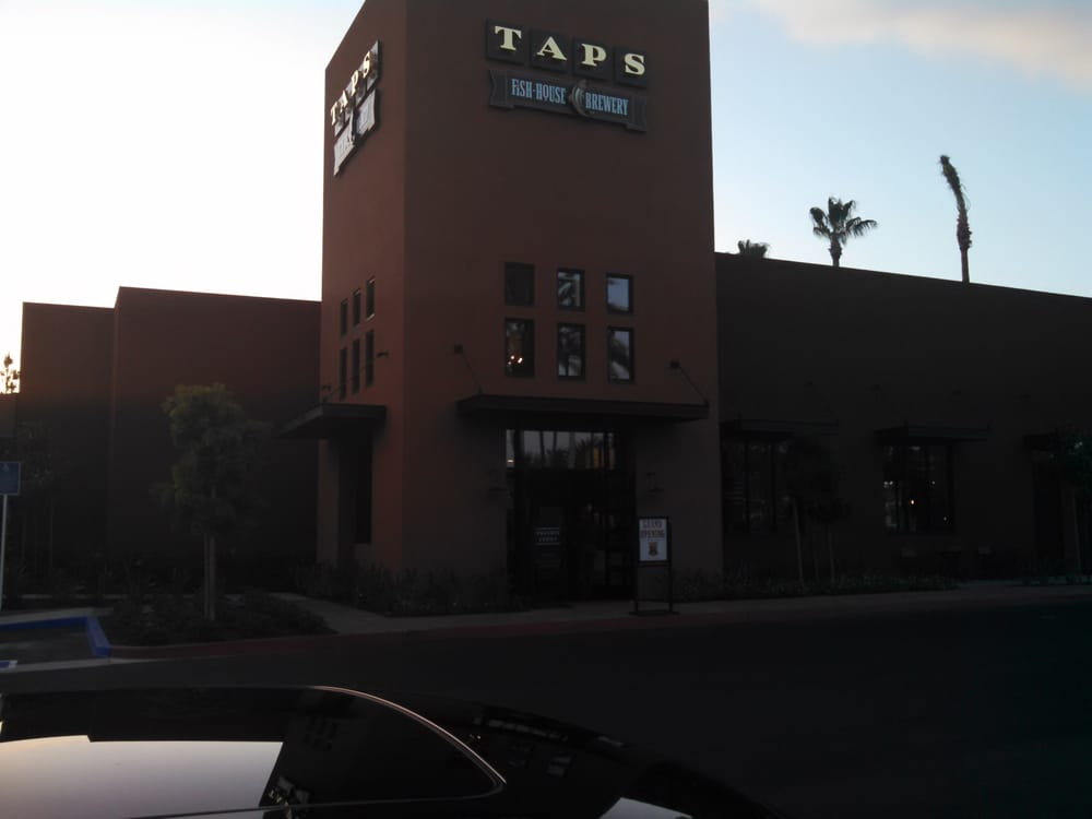 Taps fish house brewery seafood irvine ca united for Taps fish house irvine