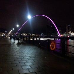 Gateshead Millennium Bridge, Newcastle, Tyne and Wear