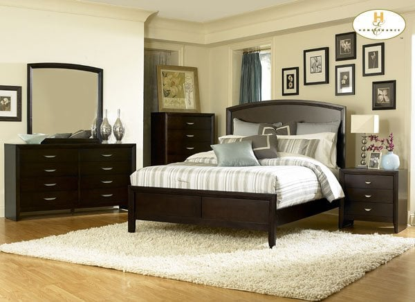 classic comtemporary styling bedroom set in merlot
