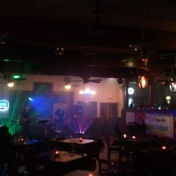 Tony's An American Grille & Tap - Live Music - Roswell, GA, Vereinigte Staaten